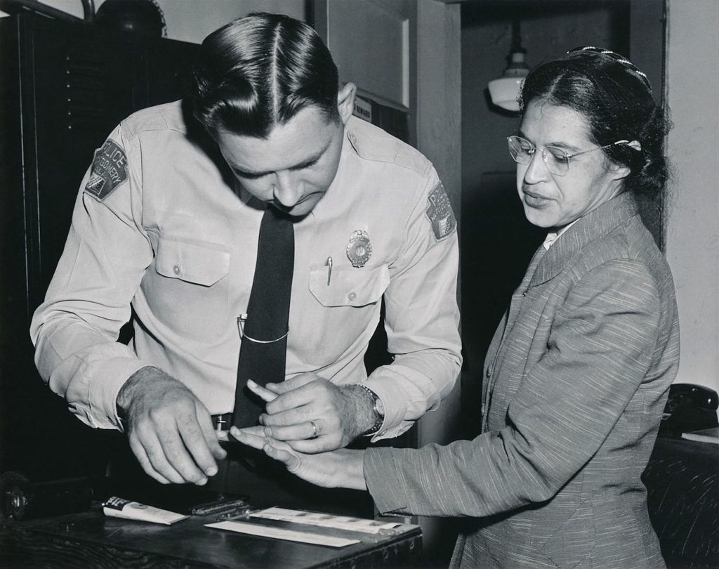Rosa_Parks_being_fingerprinted_by_Deputy_Sheriff_D.H._Lackey_after_being_arrested_on_February_22,_1956,_during_the_Montgomery_bus_boycott